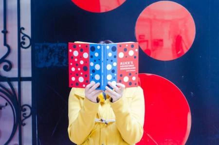 Povești din sertar- blog de pe tărâm livresc