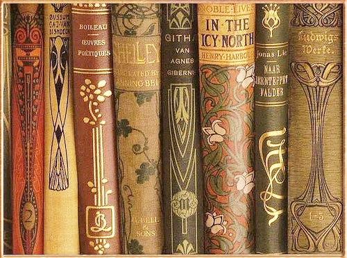 Cum se împacă meseria de bibliotecar cu blogging-ul?