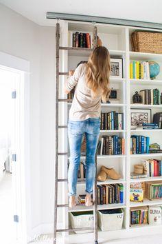 Cum să-ţi organizezi cărţile din bibliotecă eficient?