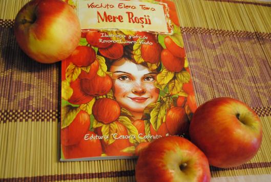 """""""Mere Roșii"""" – o carte minunată pentru sărbătorile de Crăciun [concurs]"""