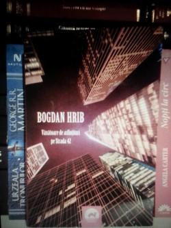 """Recenzie """"Vânătoare de asfinţituri pe Strada 42"""" de Bogdan Hrib"""