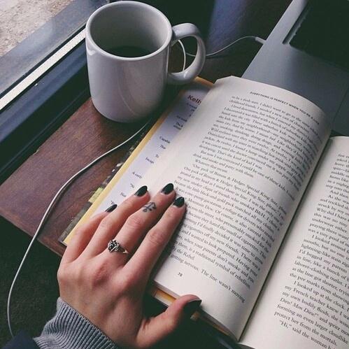 13 cărți de citit înainte de 18 ani | Cărți pentru adolescenți