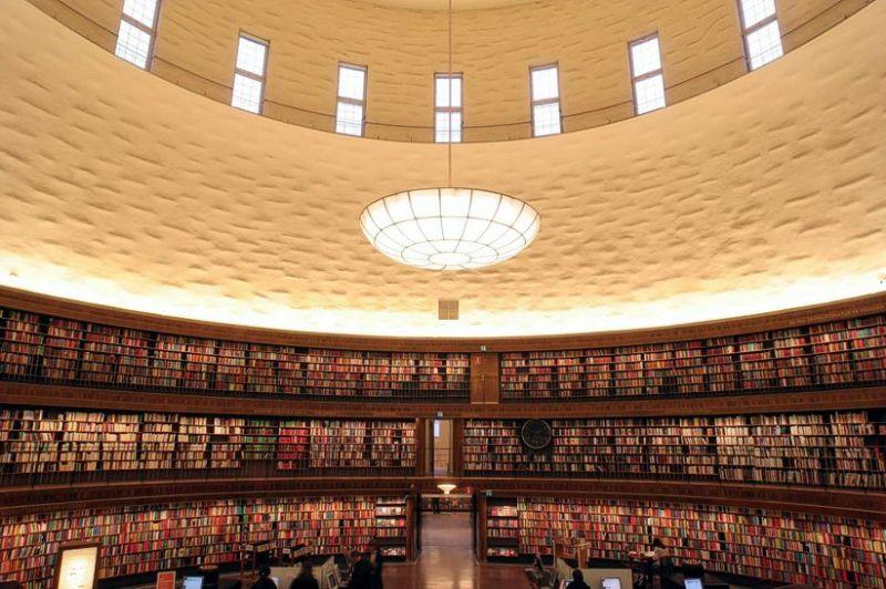 Raiul cărţilor în Stockholm