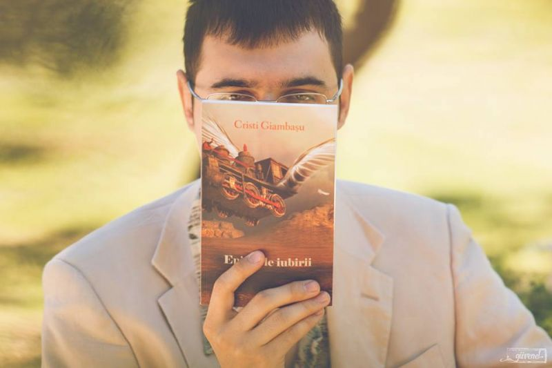 """Interviu cu Cristi Giambasu, autorul cărții """"Epitetele iubirii"""""""