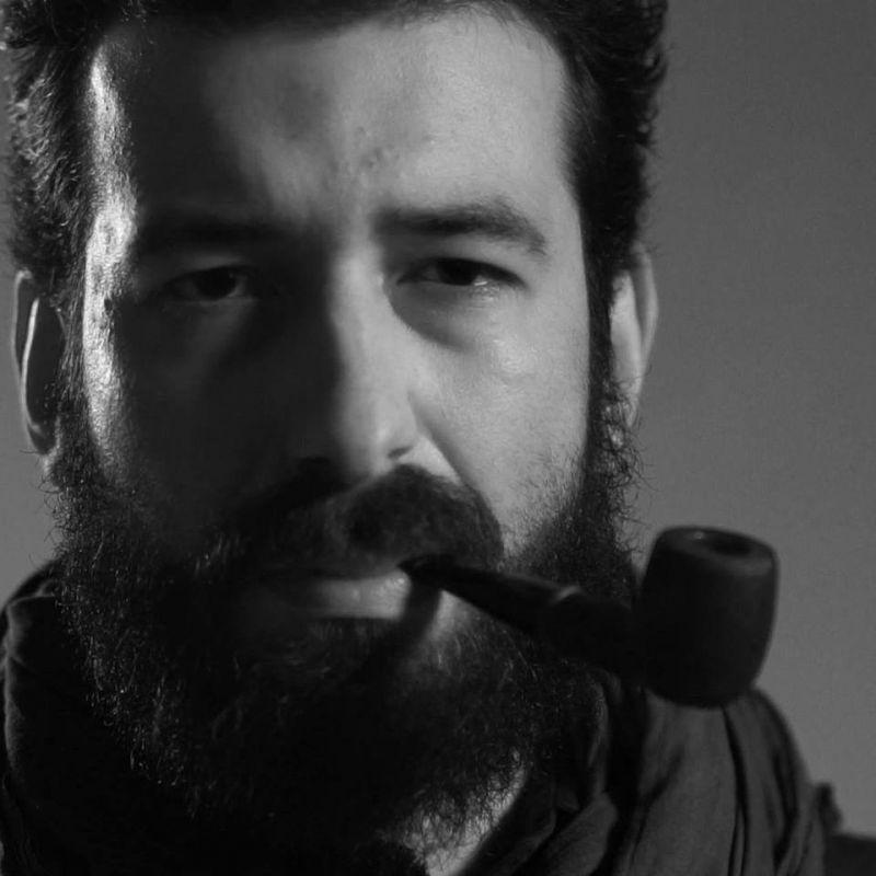 """Interviu cu Cătălin Marin, autorul cărții  """"Spre seară nu se întâmplă nimic"""""""