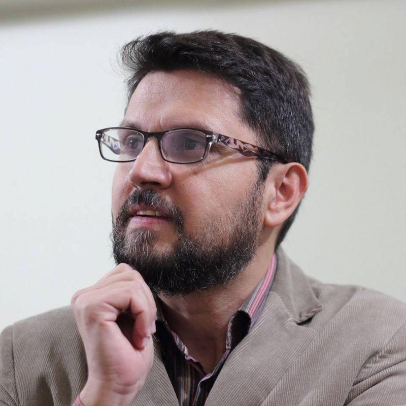 """Interviu cu Sorin Lucaci, autorul cărții """"Oameni de unică folosință"""""""
