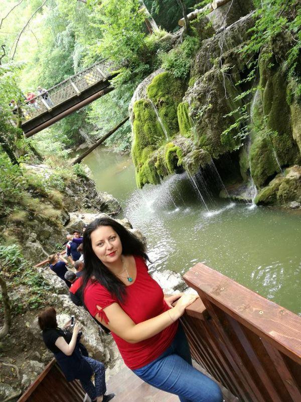 Despre autoarea Rodica Mijaiche – un jurnal transformat în carte