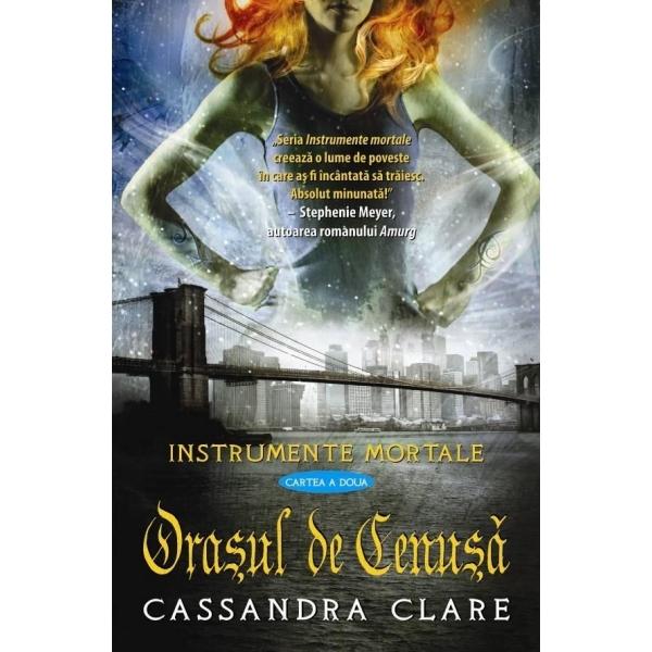 """Recenzie """"Oraşul de Cenuşă"""" de Cassandra Clare"""