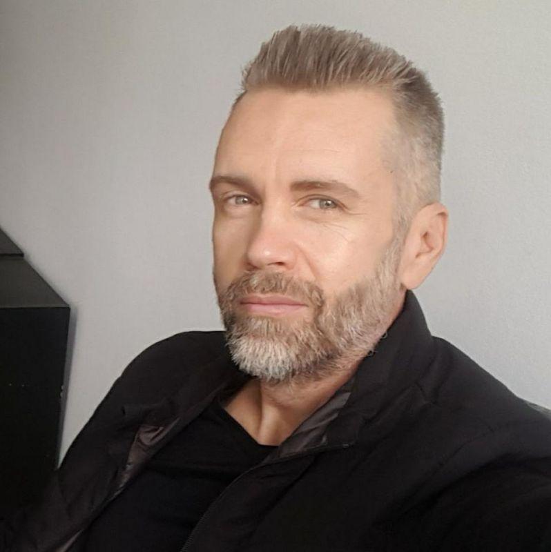 Autorul Cristi Popan – Cititorii sunt cei de care viziunile mele depind