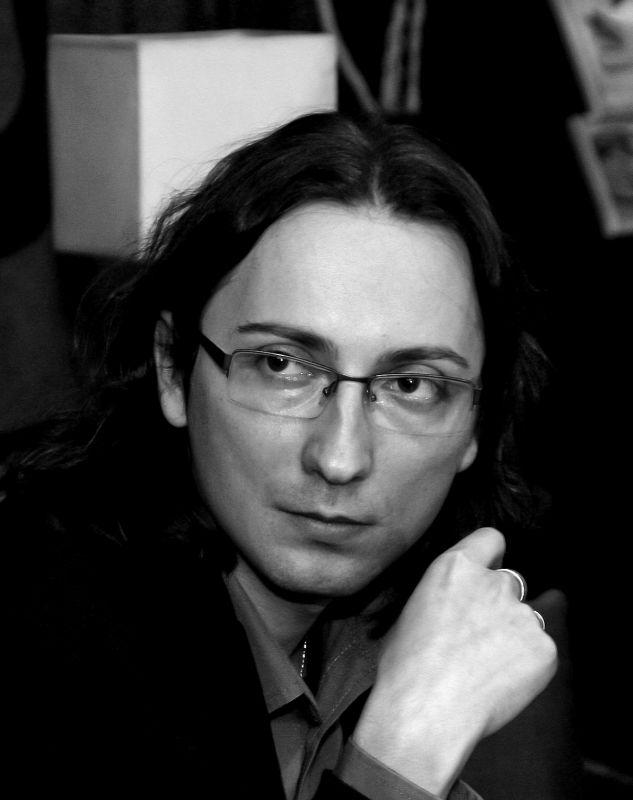 Interviu Marian Coman – redactor șef imprint ARMADA, Editura Nemira