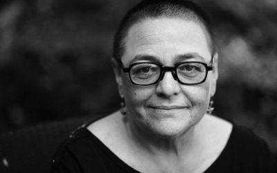 """Recenzie """"Acuarele"""" de Lidia Ostałowska. Portretele morții în Auschwitz"""