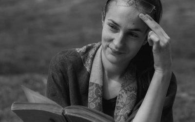 """Interviu cu Sandu Raluca Alexandra, autoarea cărții """"Maktub"""""""