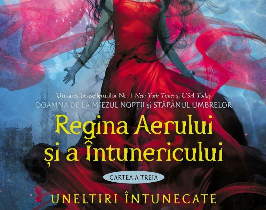 """Recenzie """"Regina Aerului și a Întunericului"""" de Cassandra Clare"""