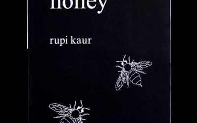 """Recenzie """"Milk and honey"""" de Rupi Kaur"""
